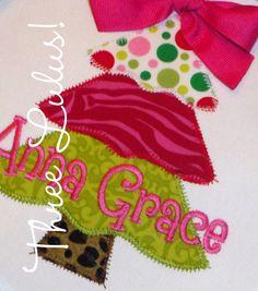 Personalized Christmas Tree Shirt...sewing idea
