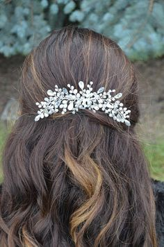 Beautiful crystal hair comb will be best addition for your wedding hair style. Special design! Ready to ship! Made with: glass beads, rhinestones , silver color wire and hair comb. Fully handmade. For any questions please contact, I will be happy to help you! Thank you for visiting