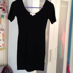 Forever 21 black body con mini dress  Never worn black body con dress..great dressed up or down. Very stretchy and flattering.. Tried on but never worn Forever 21 Dresses Mini