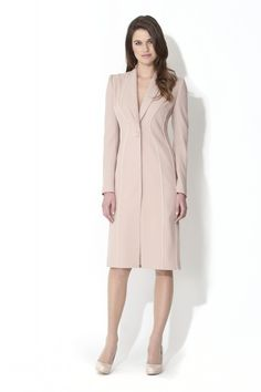Start the new year with a new designer wardrobe at a discount and raise essential funds for Breast Cancer Haven in this sample sale from Catherine Walker & Co. Day Dresses, Dresses For Work, Catherine Walker, Core Wardrobe, Royal Clothing, Coat Dress, London Fashion, Mother Of The Bride, Style Inspiration