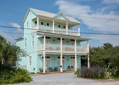 House vacation rental in Seagrove Beach 6 br., beach is 150 yards away, private pool $4100, 2800 s.f., sleeps 18.