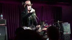 Eric Sardinas-Road house blues(Jeff Healey cover) @ Violet's Venue aug 5...