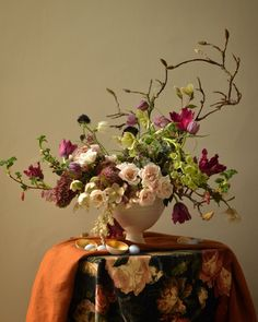 Fabulous garden-style flower arrangement!