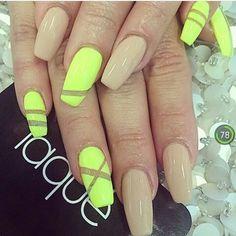 Nail-neon