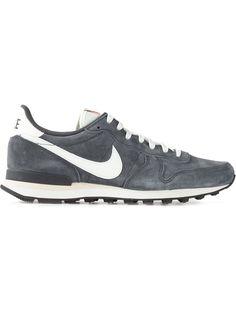 #nike #internationalistpsg #grey #sneakers #trainers #menswear www.jofre.eu