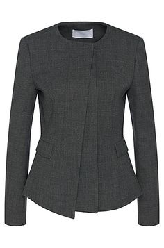 This BOSS blazer features an asymmetrical, layered placket for an architectural nod to modern womenswear. Stretch virgin wool offers luxurious comfort.