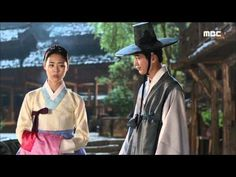 Splendid Politics(Hangul:화정;hanja:華政;RR:Hwajeong) is a 2015South Koreantelevision seriesstarringCha Seung-won,Lee Yeon-hee,Kim Jae-won.It aired onMBC. Prince Gwanghae, son of a concubine, usurps theJoseonthrone from his father King Seonjo's direct bloodline. Gwanghae executes the favored legitimate son, and exiles his half-sister Princess Jeongmyeong. Banished from the palace, Jeongmyeong lives as a commoner disguised as a man while plotting her revenge. 정명공주 이연희 홍주원 서강준