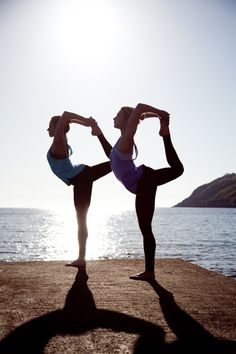 Yoga with friends in beautiful scandinavian environment - join us on one of our retreats www.scandoir.com