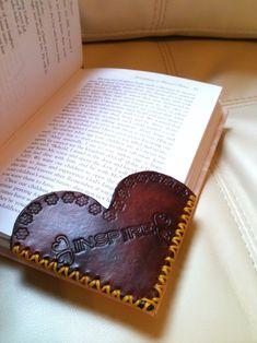Leather Corner Bookmark - Heart Shape - Custom Custom Heart Shaped Leather Corner Custom by LeatherByAmy. Leather Carving, Leather Art, Leather Tooling, Leather Jewelry, Leather Totes, Sewing Leather, Leather Purses, Leather Scraps, Leather Design