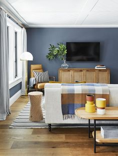 How to Design the Ultimate Family-Friendly Media Room & Wet Bar Emily Henderson. How to Design the Ultimate Family-Friendly Media Room & Wet Bar Emily Henderson media room ideas # Living Room Decor Modern, Decor, Modern Living Room, Emily Henderson Living Room, Family Room, Family Living Rooms, Media Room, Room Design, Room Decor