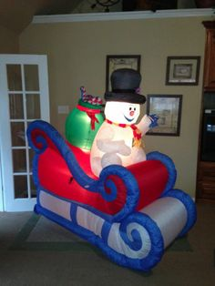 1000 Images About Inflatable Yard Decor On Pinterest