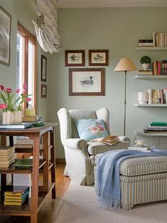 Reading room decor inspiration to make you happy 7 ⋆ Main Dekor Network Reading Room Decor, Reading Nook, Dark Blue Curtains, Yellow Cupboards, Black And White Pillows, Sofa Colors, Green Sofa, Cozy Nook, Modern Loft