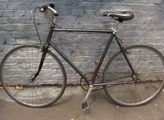 Station Bicycle Walthamstow provide New and Second hand bicycles with all accessories & service facility on discounted prices. Vintage Ladies Bike, Second Hand Bicycles, Tandem Bikes, Raleigh Bikes, Old Bicycle, Speed Bike, Bikes For Sale, East London, Road Bike