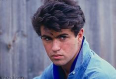 """rollingstone: """"Former Wham! singer and solo superstar George Michael has died """"peacefully at home"""" at the age of """" Rest peacefully, dearest George… George Michael Boyfriend, George Michael Young, Andrew Ridgeley, Photo Souvenir, True Legend, Brunette To Blonde, Record Producer, Pop Group, Film"""