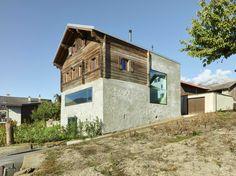 Mineralisches Rückgrat - Wohnhaus in der Schweiz von Savioz Fabrizzi