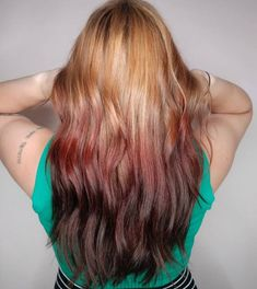 45 Most Beautiful Auburn Hair Color Ideas – BelleTag Auburn Ombre, Auburn Hair Balayage, Hair Color Auburn, Dark Auburn, Medium Auburn Hair, Reverse Ombre Hair, Hair Color Shades, Natural Wavy Hair, Alternative Hair