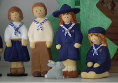 Santons St Roch ..... : Santons scouts Wolf Pup, Scouting, Little Children, Angel, Flower