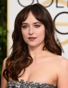 Dakota Johnson best beauty hair & makeup looks 2015 Hairstyles, Celebrity Hairstyles, Cool Hairstyles, Brunette Makeup, Brunette Hair, Chanel Long Bob, Hair Inspo, Hair Inspiration, Fall Hair