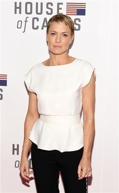 Robin Wright is just one of those strong women who looks even more fierce and feminine  with a short hairstyle. Wow!Like us on Facebook?