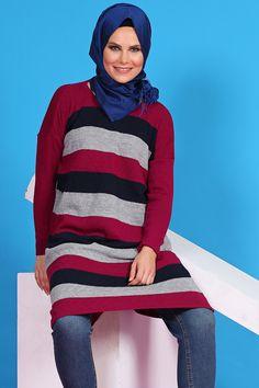 Tesetür Giyim Markalarının Güvenilir Alışveriş Sitesi #tesetturmoda #tesetturstil #fashion #instagood #fashionlovers #dress #instalike #tesetturelbise #hijabstyle #hijab #tesetturask #tesetturgiyim #hijabfashion #kina #dügün #bayan #stylehijab #sal #nişanlik #tasarim #buyukbeden #tesetturnisanlik #abaya #tesettürelbise #tesettürgiyim #ucuztesettur #kapidaodeme #tesettür #indirim #yenisezon #tunik  Yatay Çizgili Tunik - Fuşya -   59.90tl.  https://www.havvaadem.com/yatay-cizgili-tunik-fusya
