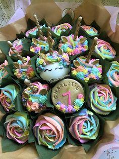 Edible Bouquets, Cupcake Bouquets, Floral Cupcakes, Fun Cupcakes, Cupcake Party, Birthday Cupcakes, Cupcake Cakes, Amazing Cupcakes, Flower Bouquets