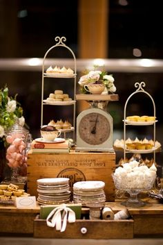 Nice vintage look for a buffet service tea party ~ you may think this is overload, but one look at Penny's wonderful bogs will inspire you Vintage Dessert Tables, Vintage Buffet, Vintage Display, Lolly Buffet, Candy Buffet, Cakepops, Catering Display, Catering Buffet, Desert Table