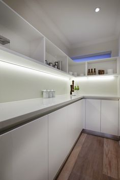 Love a walk in pantry! http://wbhomes.com.au/our-homes/browse-homes/watersun