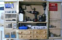 HomemadeTools.com -  - Online community for builders of homemade tools (includes TONS of jigs!)