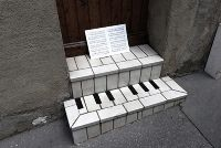 Piano, steps