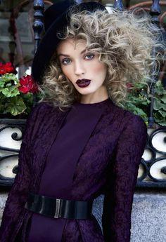 Cafe Oriente  Photography:Renata Paskal  Model: Simonna Levenok  More from this shoot.