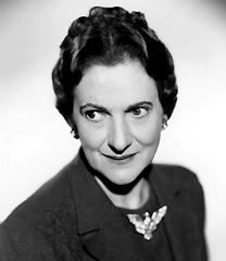 Beulah Bondi~So many wonderful roles and so many wonderful movies, It's A Wonderful Life, Mr. Smith Goes To Washington, Penny Serenade, etc. Hooray For Hollywood, Golden Age Of Hollywood, Classic Hollywood, Old Hollywood, Hollywood Icons, Hollywood Stars, Classic Actresses, Actors & Actresses, Beulah Bondi