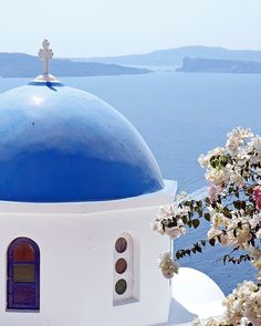 If I get to Santorini before I die. Will be one happy girl.