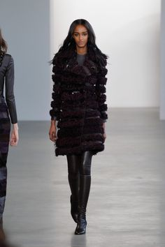 Coleção // Calvin Klein, Nova York, Inverno 2016 RTW // Foto 12 // Desfiles // FFW
