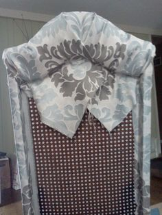 Attractive Proverbs 31 Mom: How To Turn A Cane Backed Chair Into A Parsons Chair