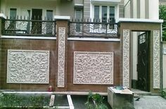 Model Pagar Tembok Rumah Mewah Minimalis Front Wall Design, Main Gate Design, House Gate Design, Gate House, Fence Design, Boundry Wall, Affordable Bedroom Sets, Compound Wall Design, Backyard Gates