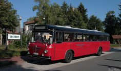 Classic Bus by Mechanicman.deviantart.com              Bussing