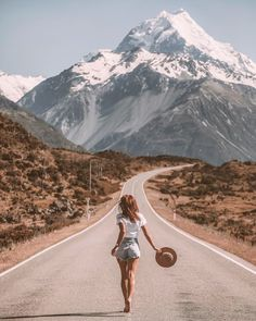On the road in new zealand. Running wild and free with @mycolourfulworld_ and Harvey Amber straw boater hat by Will & Bear