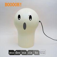 Halloween Telegono By Magistretti | http://modernariato.fr/products/lampe-de-bureau-telegono-magistretti-artemide
