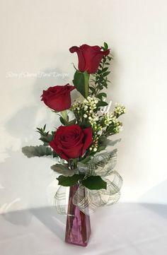 Red Rose Bud Vase Arrangement, Rose of Sharon Floral Designs Valentine Flower Arrangements, Pumpkin Floral Arrangements, Small Flower Arrangements, Valentines Flowers, Vase Arrangements, Small Vases With Flowers, Memorial Flowers, Rose Of Sharon, Home Design