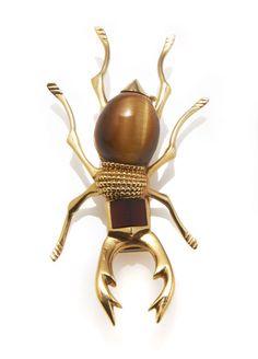 vintage Hermes I   La vente de bijoux Hermès vintage chez Artcurial http://www.vogue.fr/joaillerie/news-joaillerie/diaporama/la-vente-de-bijoux-hermes-vintage-chez-artcurial/10193/image/636083#4