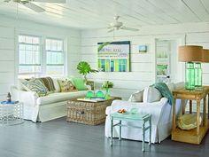 looks like a great summer/beach house