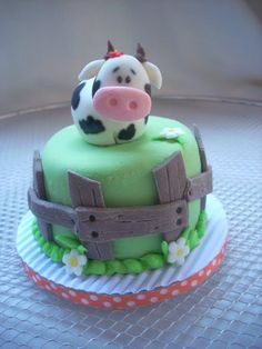 Little Cow Cake