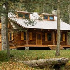 8 amazing country cabins ... great for a weekend get-away, but nice enough for full-time living! | Living the Country Life | http://www.livingthecountrylife.com/homes-acreages/country-homes/8-amazing-country-cabins/