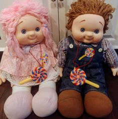 1984 Lollipop Dolls Boy and Girl Yarn Hair Dolls By House Of Lloyd, Ice Cream Dolls, Lollipop Dolls, Lollipop Kids, Large Yarn Hair Doll by Lalecreations on Etsy Po Teletubbies, Barbie Cat, Giant Lollipops, Cat Posters, Kids Zone, Creepy Dolls, Child Doll, Plush Dolls, Miniature Dolls