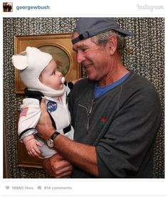 Former President George W. Bush went trick-or-treating with his adorable granddaughter Mila Harper. Greatest Presidents, American Presidents, Halloween Photos, Halloween Fun, Happy Holloween, Halloween Costumes, American Pride, American History, American Girl