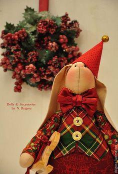Игрушки животные, ручной работы. Рождественский кролик Питер. Дзигора Наталья. Ярмарка Мастеров. Купить зайку, игрушка заяц