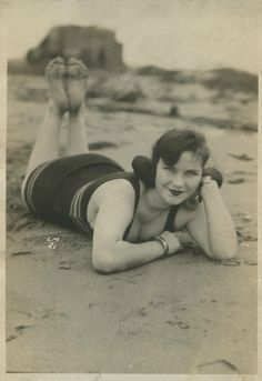 C.1920s, when women were allowed to have a womanly figure and be praised for........good old days!