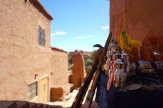 de marrakech a ouarzazate 6 Marrakech, Travel Tips, Group, Board, Mountain Range, Travel Photography, Morocco, City, Travel Advice