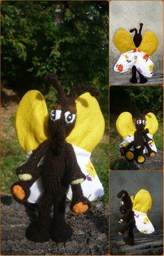 Drôle de papillon jaune et marron, tissus et laine crocheté : Jeux, jouets par creations-de-la-salamandr