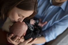 Lifestyle, home Photography, newborn photo, mather and kids, family photos, first kiss, malgorzatajonczyk.pl First Kiss, Newborn Photos, Poland, Family Photos, Lifestyle, Kids, Photography, Children, Fotografie